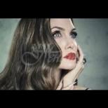 Рискът Анджелина Джоли да заболее от рак на гърдата  бил 87 процента! Та заговори и за друга страшна болест