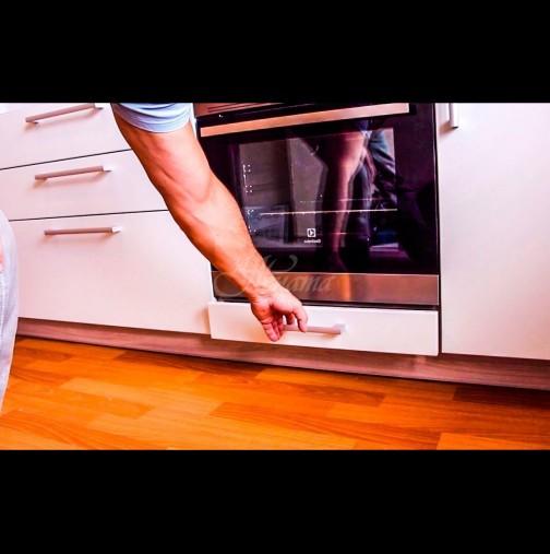 Аз си държа там тавите, а то за какво било! 90% от хората не знаят за какво служи чекмеджето под фурната: