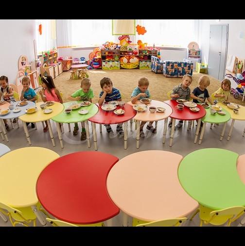 Учителка в детската градина е арестувана, след като накара дете да изяде собствените си изпражнения