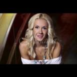 Мария Игнатова загърби телевизията и рязко смени амплоато - много ѝ отива, нали? (Снимки):