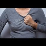 Лесно могат да се объркат признаците на инфаркт с едно от най-честите състояния напоследък, особено при жените
