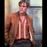 Някога бе звезда в Холивуд и най-сексапилният мъж в света, а днес прилича на уличен клошар (Снимки):