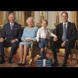 Кралицата се оттегля от трона - ето кой сяда на нейно място (Снимки):