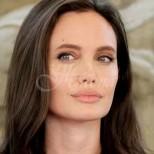 Медиите гръмнаха-Новата любов на Анджелина Джоли е холивудска красавица