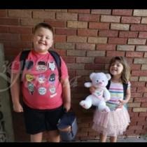 Потресаващо! Майка на две деца, открити обесени в мазе е обвинена в убийството им и секс с куче!