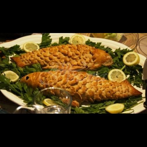 Как се прави традиционен Никулденски рибник - хрупкаво тесто, вкусна рибка и ароматна плънка: