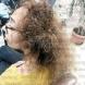 Фризьорка от Сандански показа потресаващи снимки на своя клиентка, употребила шампоан, съсипал хубавта ѝ коса