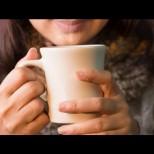 През целия си живот държите грешно чашата си с кафе: