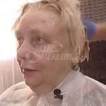Опитен стилист свали 20 години от лицето на 75-годишна жена, която сама не можа да се познае-Снимки