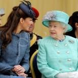 Роклята на Кейт Мидълтън, която много разгневи Елизабет II