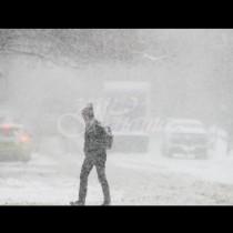 Свирепо време за Нова година-Жълт код за сняг и виелици в 8 области
