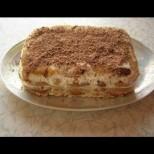 Като разберат, че се прави за 15 минути, всички ще ви искат рецептата: Фантастична бананова торта без печене