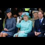 Двама напускат, трети печели: кралицата окичи принц Уилям с нова титла след бягството на Меган и Хари (Снимки):