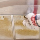 Как да почистим решетките на абсорбатора от мазнини само с натурални средства