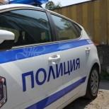 Ужас на село-Методи изнасилва с месеци собствената си 15-годишна дъщеря