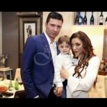 Емануела зарови томахавката с бащата на детето си - събра се отново с Митко Динев! (Снимки):