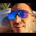 Константин палува на топло - ето как се забавлява на най-екзотичното място (Снимки):