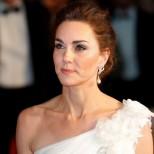 Кейт Мидълтън открадна шоуто на холивудските звезди на наградите БАФТА - всички гледаха нея с тази невероятна рокля (Снимки):