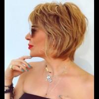 20 универсални дамски прически за къса коса (Снимки):