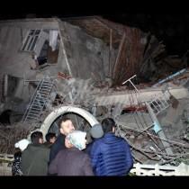 Нов мощен трус удари Турция! Броят на загиналите при земетресението от снощи продължава да расте /СНИМКИ/