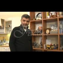 Тодор Славков показа уютния си дом със спомени от близкото минало-Снимки