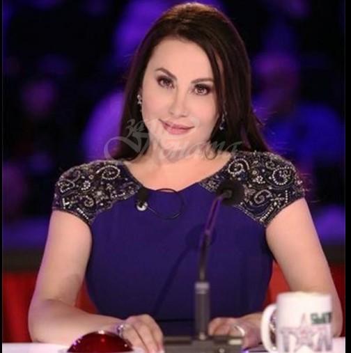 Неостаряващата Дарина Павлова събра погледите на червения килим с прозрачна рокля и минижуп (Снимки):