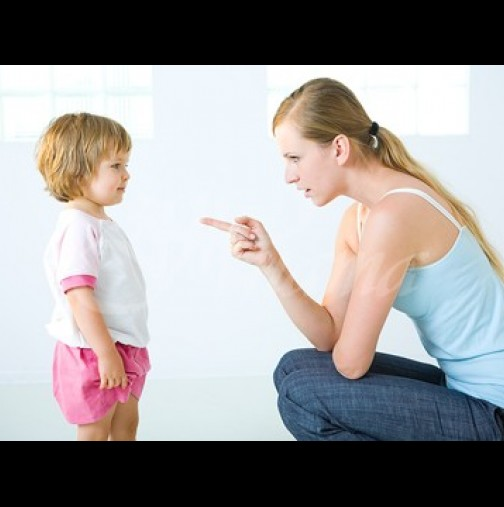 Грешките на родителите, които съсипват живота на децата им