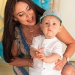 Лили Клюкарката най- накрая показа бащата на детето й, който й предложи брак (снимка на двамата)