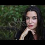 Диляна Попова нагорещи страстите с гола фотосесия - просто перфектна (Снимки):