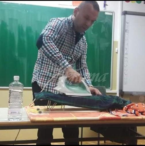Ето учителят, който учи децата да гладят дрехи и да правят палачинки в клас, за да са самостоятелни