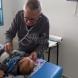 Ще работя, докато мога- 92-годишният педиатър посещава безплатно бедни деца