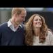 Кейт и Уилям все още са влюбени като ученици - двамата нарушиха протокола с интимни жестове (Снимки):