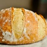 Домашен хляб без много усилия, пухкав, мекичък с хрупкава коричка и божествен аромат