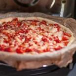 Пица в микровълновата печка, най- големия хит в момента