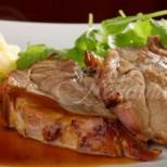 Без дълго печене, отвътре сочно, а отвън с хрупкава коричка- как да си направим перфектното свинско