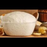 Рецептата за постно тесто с мая - става меко като пух за 1 час, без яйца и мляко: