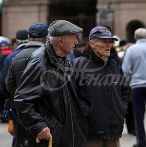 По-строга карантина за възрастните хора у нас?