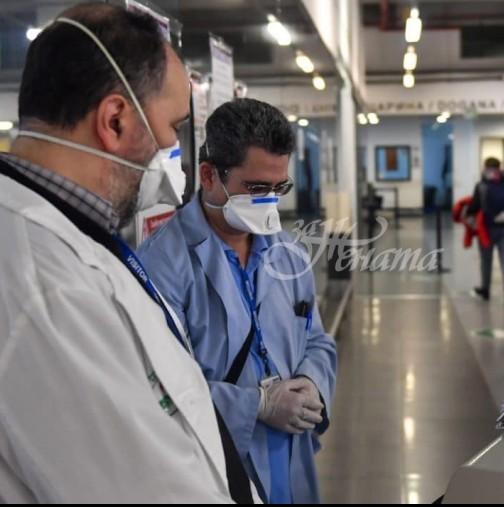 Масово заразяване с COVID-19 на лекари и сестри в болница