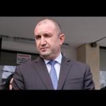 """Радев отвърна на удара: """"Уважаеми депутати, ако ще се равнявате по президента - кръгом и бегом към месец март""""!"""