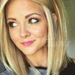19 прическа за средна дължина на косата, с които ще изглеждате като истинско момиченце без значение на колко сте (снимки)