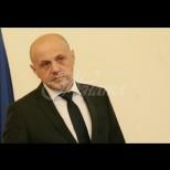Вицепремиерът Томислав Дончев отговори на президента: Командите кръгом и бегом марш се подават към по-нисшите