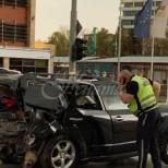 Пуснаха ново видео, как изваждат Милен Цветков от колата и го съпровождат до тротоара