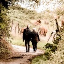 Всеки, който е загубил родител знае, колко е трудно без тях, а тези които още ги имат-Обадете им се!