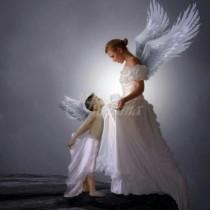 Господ не може да е навсякъде и затова е създал майката