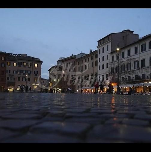 В Италия вече не ръкопляскат и пеят от прозорците-Призрачна тишина обзема страната-Хората са на ръба