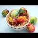 Колкото по-дълго ги държиш, толкова по-ярки стават цветовете: Боядисване на яйца с вода и оцет