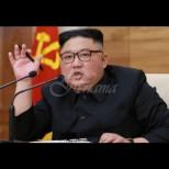 """Ето тайнствената съпруга на Ким Чен-ун, която наричат """"бижуто на Северна Корея"""" (Снимки):"""