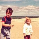 Брат и сестра се откриха след 50 години-Ето как изглеждат днес!