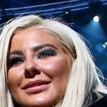Фолкдивата Андреа с нови разкрития след снимката с насинено лице и тайната как е стопила 15 кг за нула време