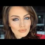 Мис България показа перфектна фигура само 6 месеца след като роди-Снимки